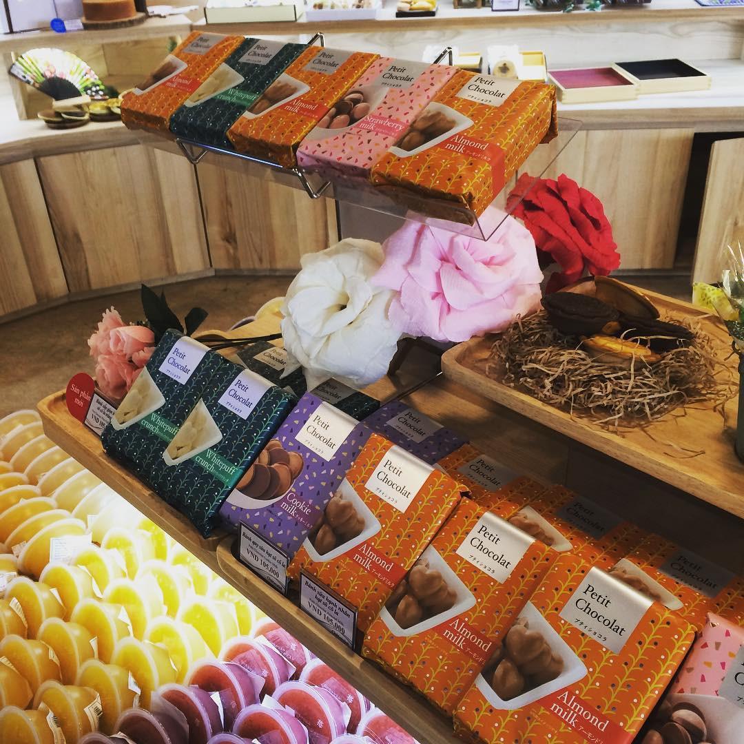 2 tiệm bánh ngọt mới toanh ở Hà Nội đang được dân tình thi nhau tới check-in ầm ầm - Ảnh 16.