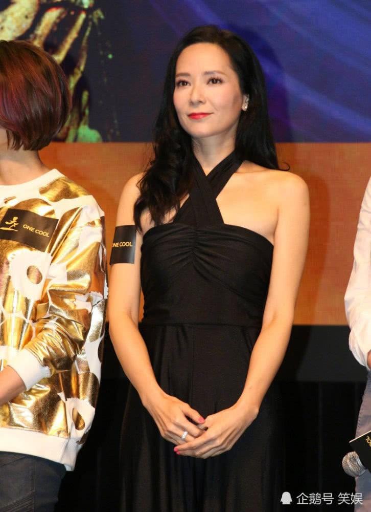 Hoa hậu Hong Kong từng phá thai vì đóng phim gây bất ngờ với nhan sắc tuổi 45 - Ảnh 2.