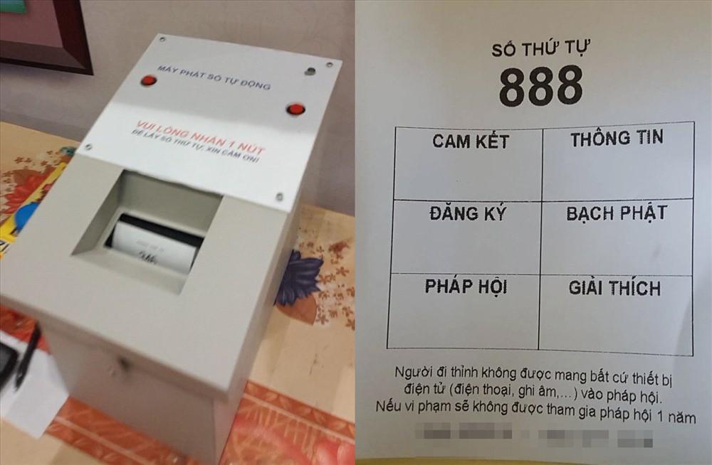 Chiếc máy bấm số của nhà chùa và số thứ tự 888 của một người đến thỉnh.