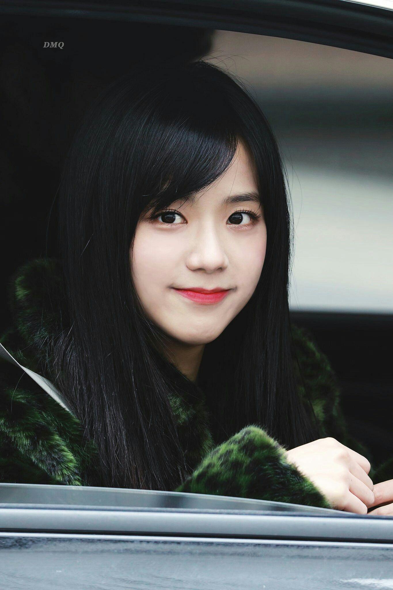 BXH idol nữ đẹp nhất ngoài đời do chính thần tượng bình chọn: Black Pink và Yoona xuất sắc, nhưng hạng 1 mới bất ngờ - Ảnh 12.
