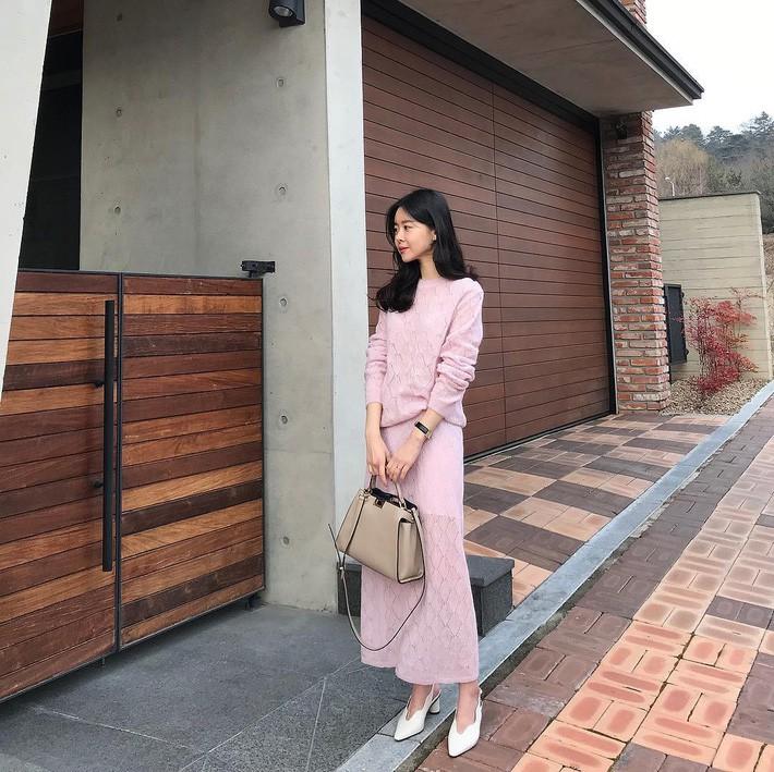 Street style Châu Á: Có 15 set đồ thì quá nửa là cách kết hợp cực dễ mà bạn có thể áp dụng ngay - Ảnh 10.