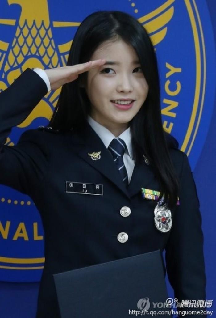Một sự thật ít ai biết: Em gái quốc dân IU thật ra từng là sĩ quan cảnh sát cấp cao - Ảnh 5.