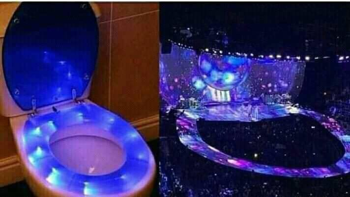 Sân khấu Sweetener Tour của Ariana Grande bất ngờ bị so sánh giống... nhà vệ sinh - Ảnh 2.