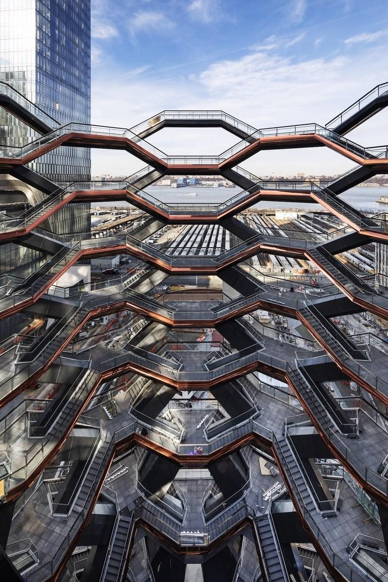 Ghé thăm toà nhà mới nổi được ví như siêu kiến trúc của New York, phức tạp và đau đầu hơn tất cả người yêu cũ của bạn cộng lại - Ảnh 5.
