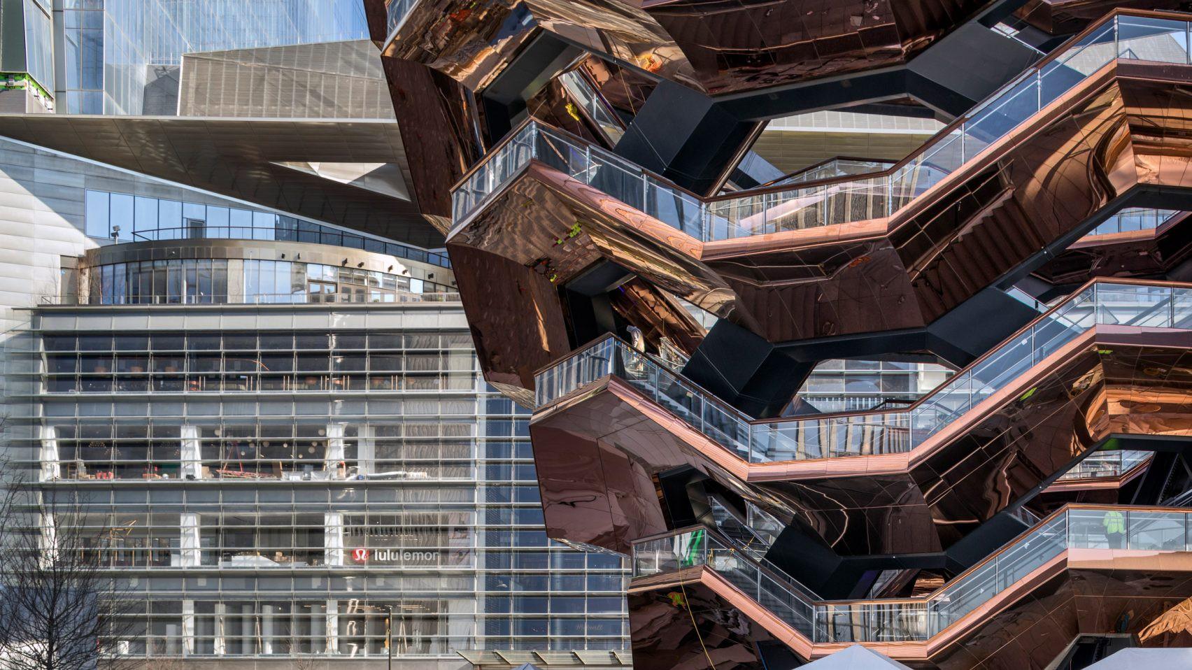 Ghé thăm toà nhà mới nổi được ví như siêu kiến trúc của New York, phức tạp và đau đầu hơn tất cả người yêu cũ của bạn cộng lại - Ảnh 4.