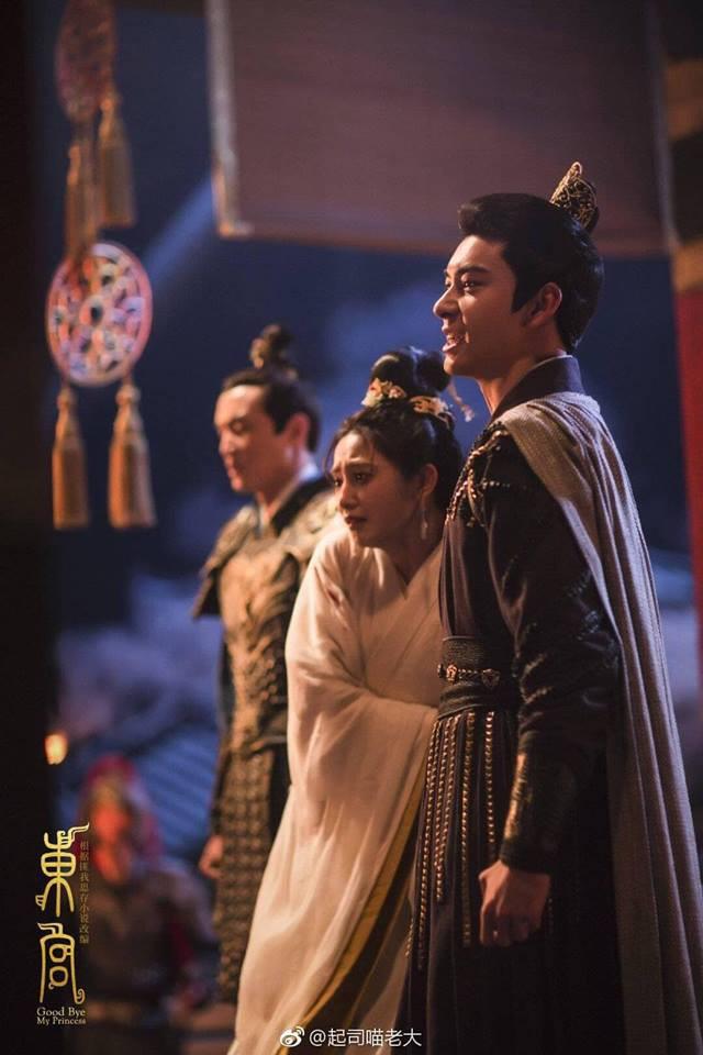 Đông Cung: Tiểu Phong chạm đáy nỗi đau khi Lý Thừa Ngân ép cô chứng kiến Cố Kiếm bị giết chết - Ảnh 2.