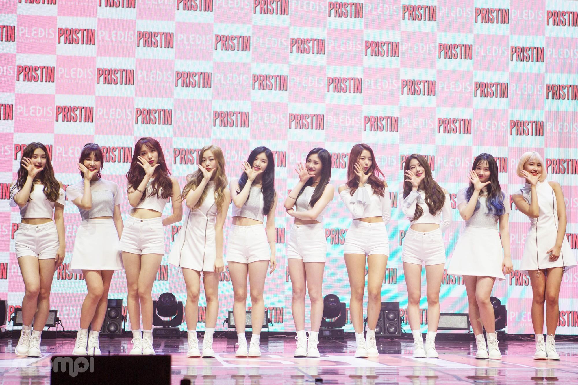 Bạn có biết: Đúng 2 năm trước, nhóm nữ toàn thí sinh Produce 101 ra đời nhưng nay biến mất siêu bí ẩn - Ảnh 3.