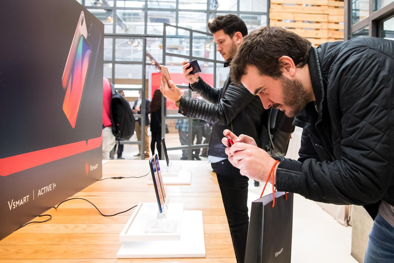 Điện thoại Vsmart chính thức ra mắt tại thị trường Tây Ban Nha, phân phối trên gần 90 cửa hàng - Ảnh 3.