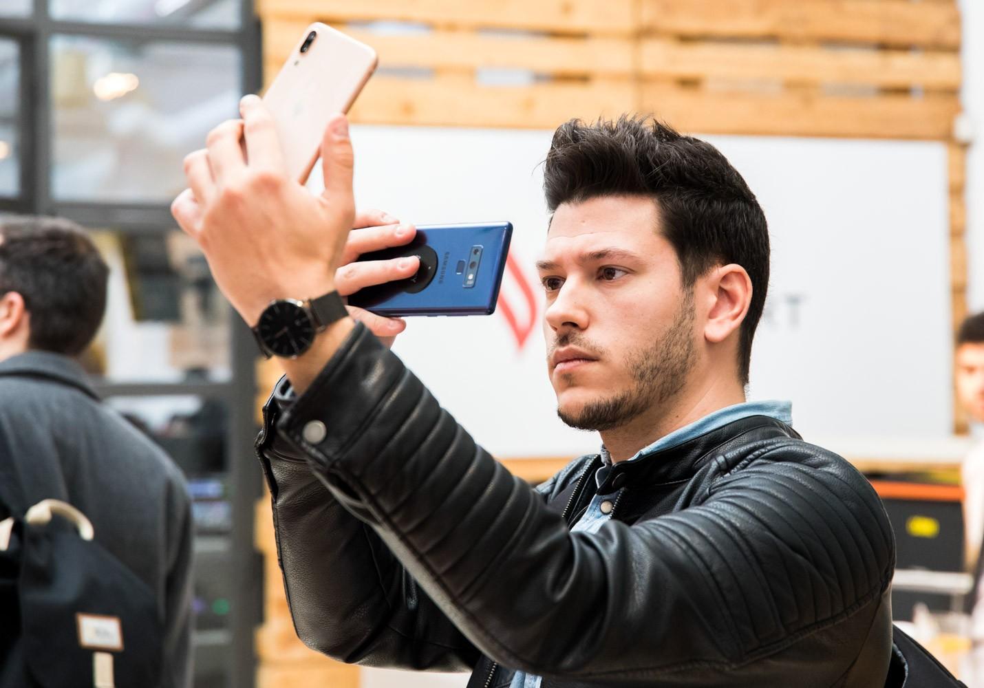 Điện thoại Vsmart chính thức ra mắt tại thị trường Tây Ban Nha, phân phối trên gần 90 cửa hàng - Ảnh 4.