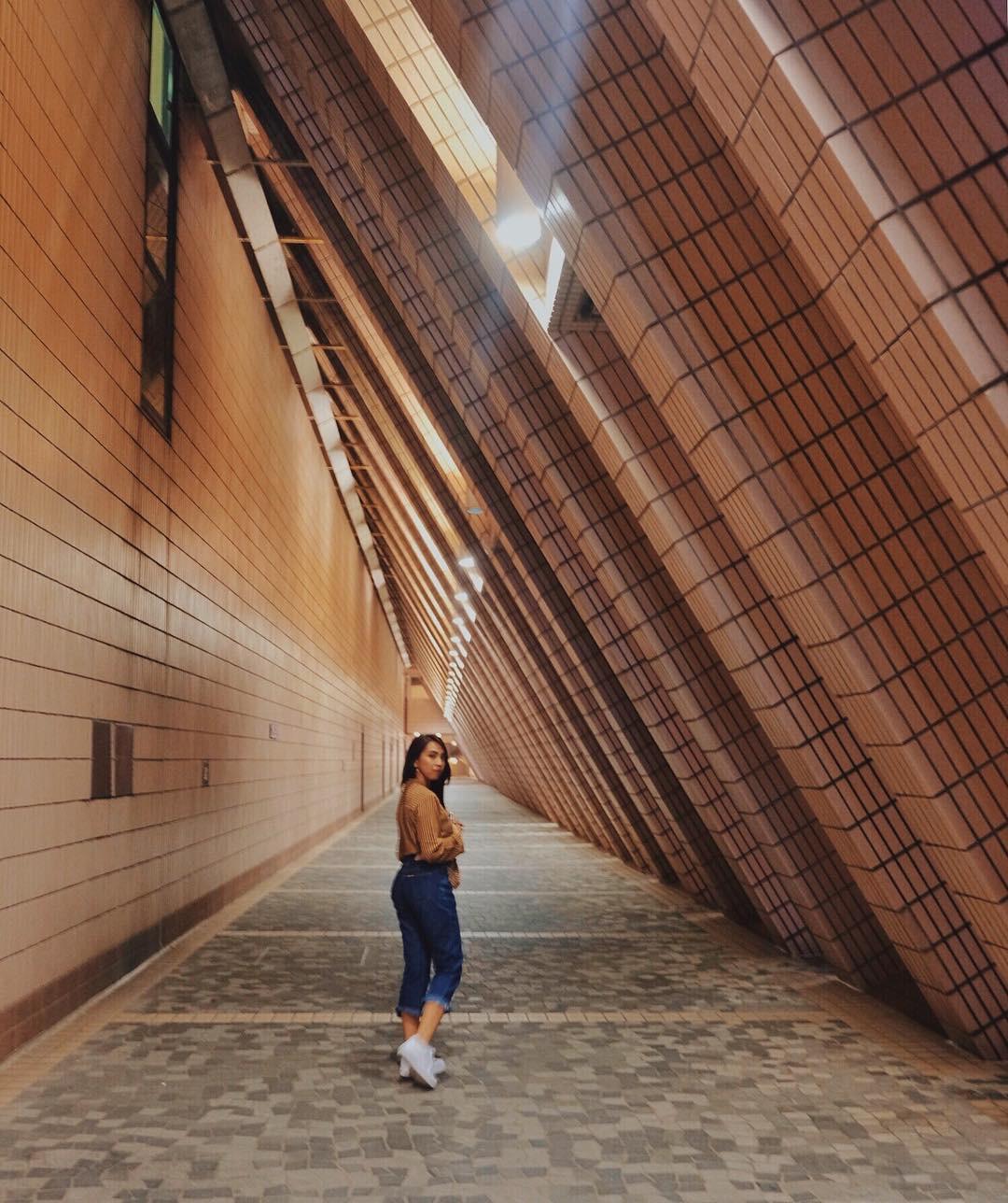 Tất tần tật những gì bạn cần biết về bức tường được giới trẻ Việt check-in ầm ầm ở Hong Kong! - Ảnh 12.