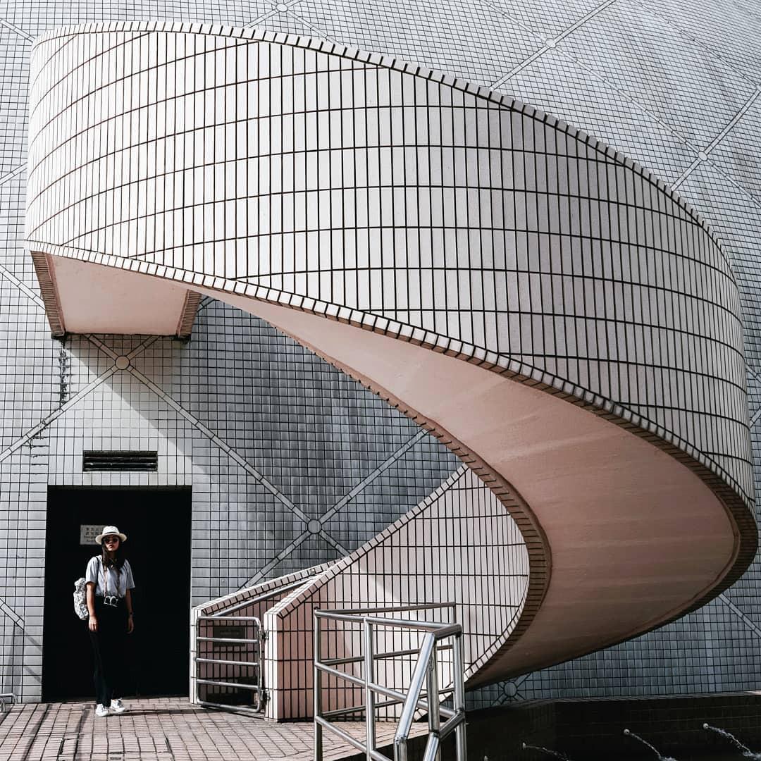 Tất tần tật những gì bạn cần biết về bức tường được giới trẻ Việt check-in ầm ầm ở Hong Kong! - Ảnh 4.