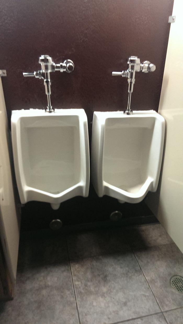20 thiết kế nhà vệ sinh thảm họa khiến dân mạng thủ thỉ: Thôi, thà nhịn còn hơn - Ảnh 5.