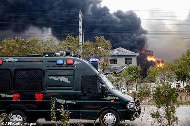 Hiện trường vụ nổ nhà máy hóa chất Trung Quốc, 47 người thiệt mạng - Ảnh 8.