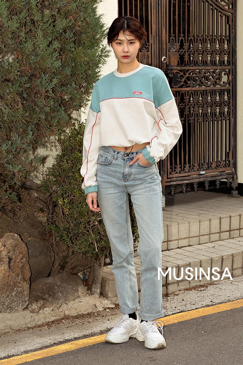 Street style giới trẻ Hàn tuần qua chứng minh đỉnh cao của mặc đẹp chính là lên đồ đơn giản hết cỡ nhưng vẫn đẹp hết nấc - Ảnh 3.