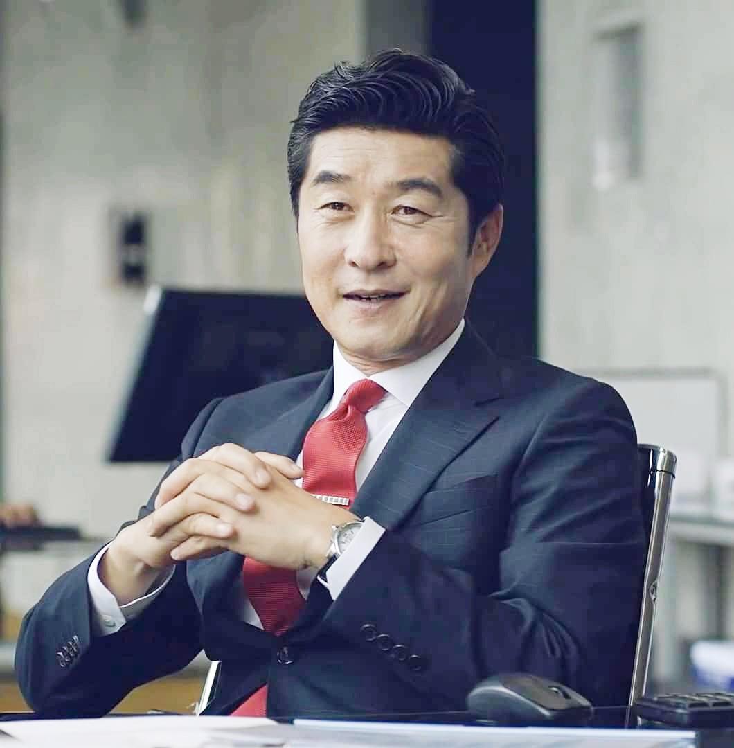 SBS hé lộ 4 góc khuất sau bê bối Burning Sun: Sinh nhật của Seungri và mối liên hệ với tổ chức xã hội đen xuyên quốc gia - Ảnh 10.