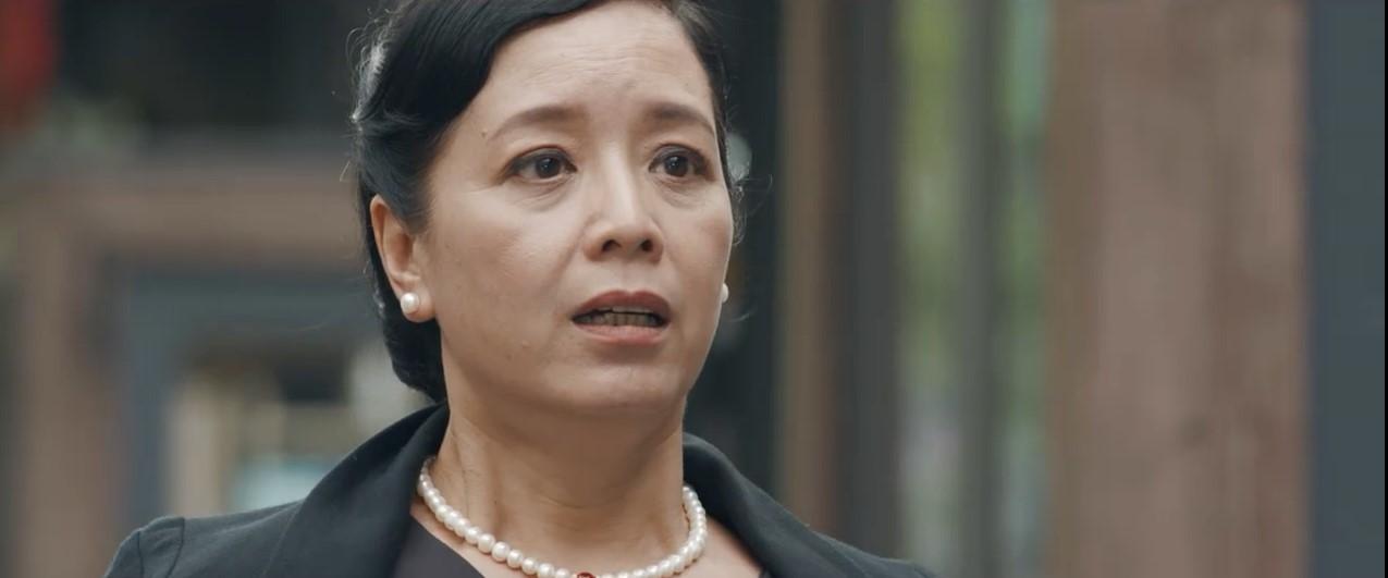 Bó tay bái phục với 4 cao chiêu của các bà mẹ tánh kỳ trên màn ảnh Việt - Ảnh 5.