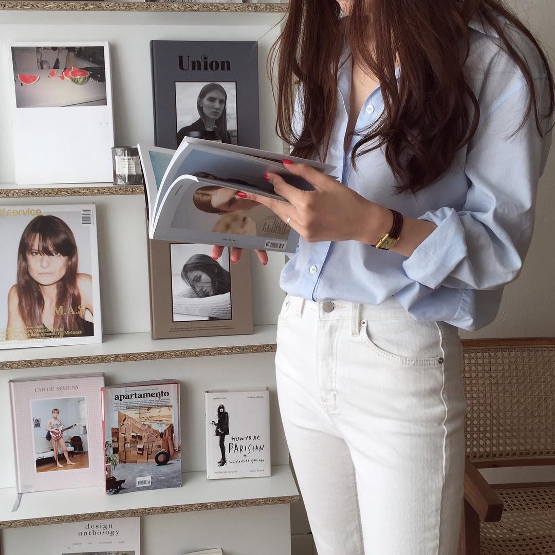 Nếu muốn trẻ hóa phong cách mà vẫn ra dáng quý cô công sở chuyên nghiệp thì bạn đừng bỏ qua 5 items này - Ảnh 16.
