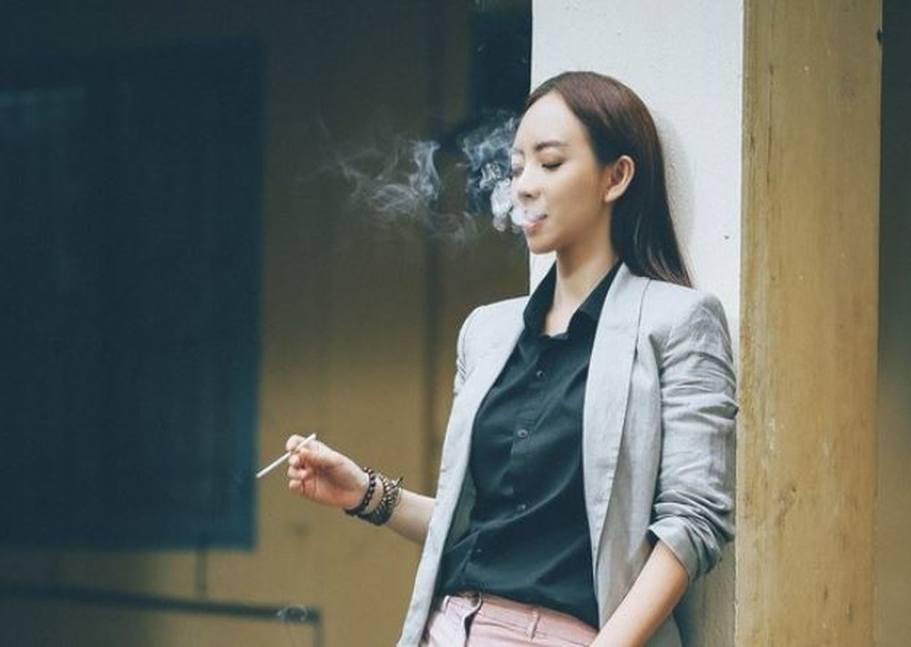 Từ Thập Tam Muội đến Chị Mười Ba, chị đại làng hài Thu Trang sẽ phải hy sinh gì ngoài điếu thuốc? - Ảnh 4.