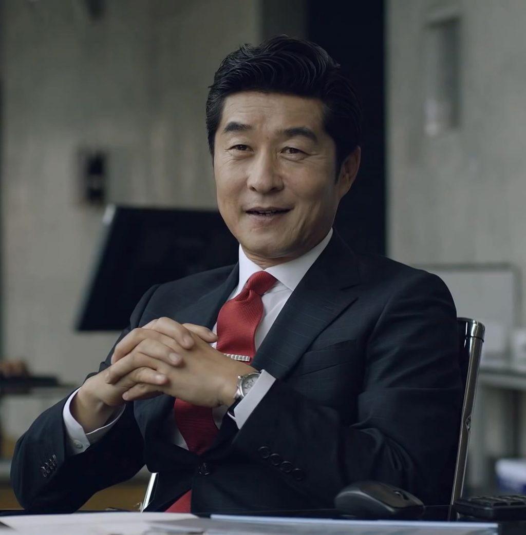 MC Burning Sun Gate Kim Sang Joong ngoài làm diễn viên còn là người dẫn chương trình của đài SBS - Ảnh 1.