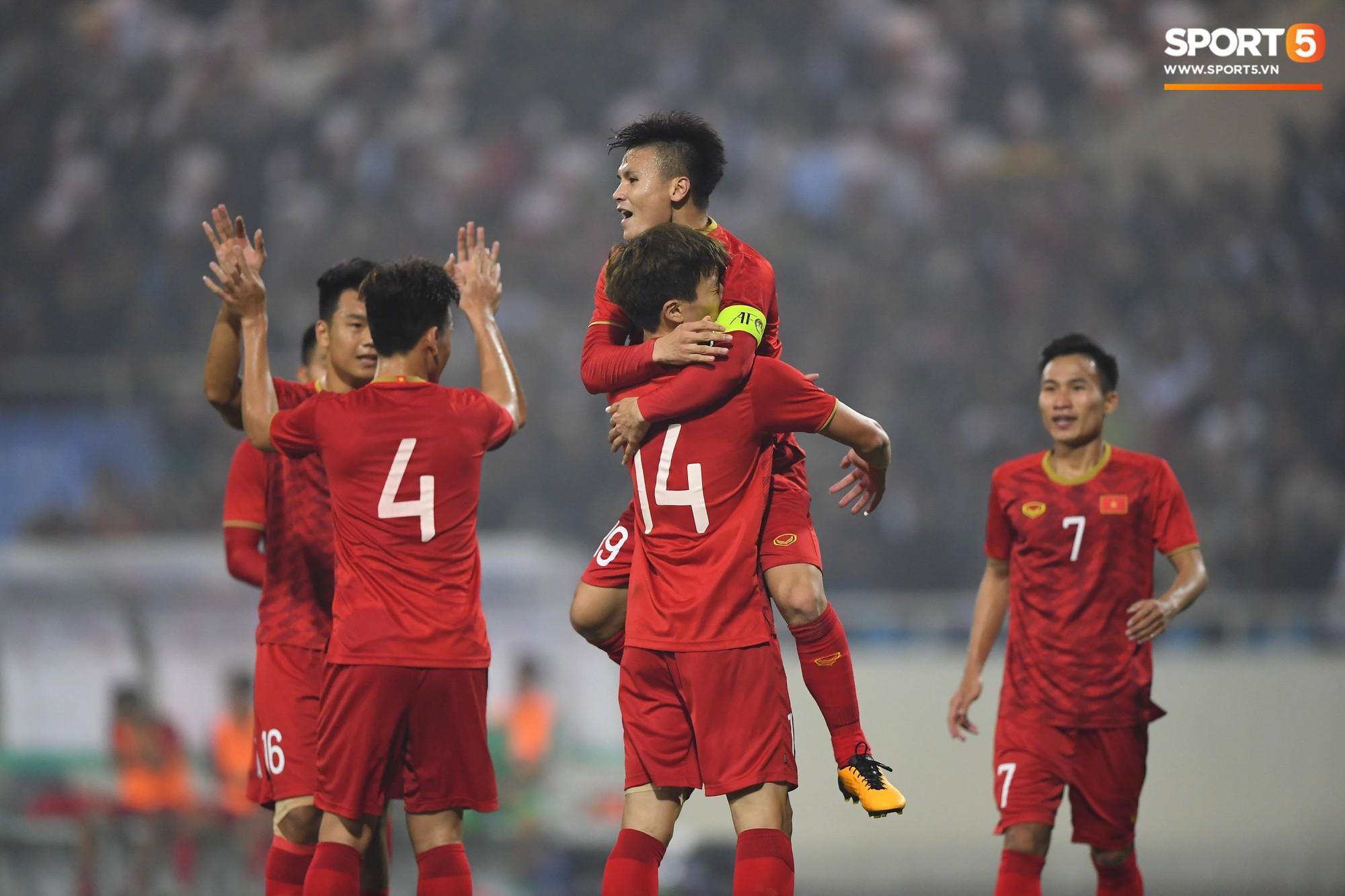 Bóng đá Thái Lan chịu thất bại nặng nề nhất trong lịch sử đối đầu với Việt Nam - Ảnh 3.