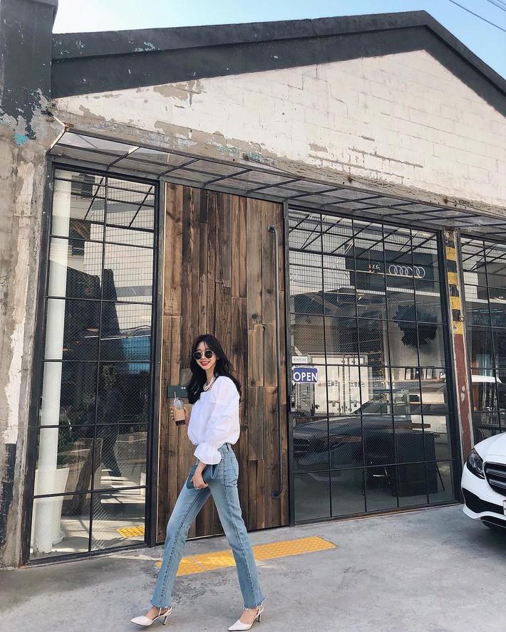 Lên đồ chuẩn như công sở Hàn với 15 gợi ý từ street style tuần này - Ảnh 12.