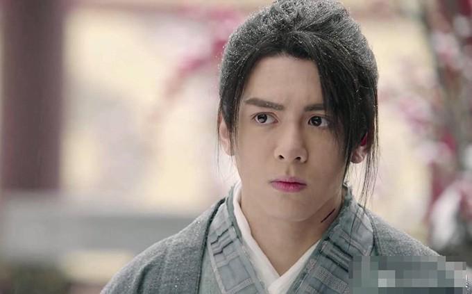 Có chê Trương Vô Kỵ Tăng Thuấn Hy đến mấy, trai đẹp này vẫn đang giữ một kỉ lục của Tân Ỷ Thiên Đồ Long Ký! - Ảnh 9.