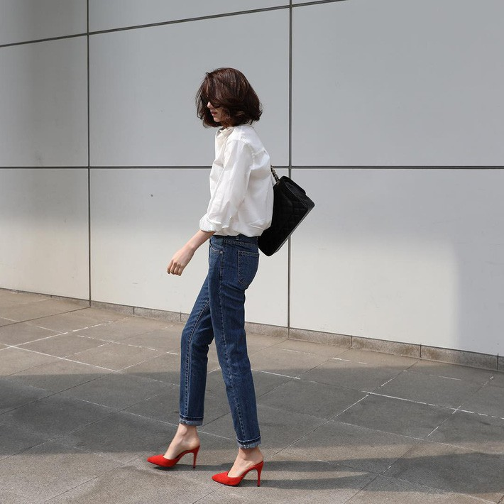 Lên đồ chuẩn như công sở Hàn với 15 gợi ý từ street style tuần này - Ảnh 10.