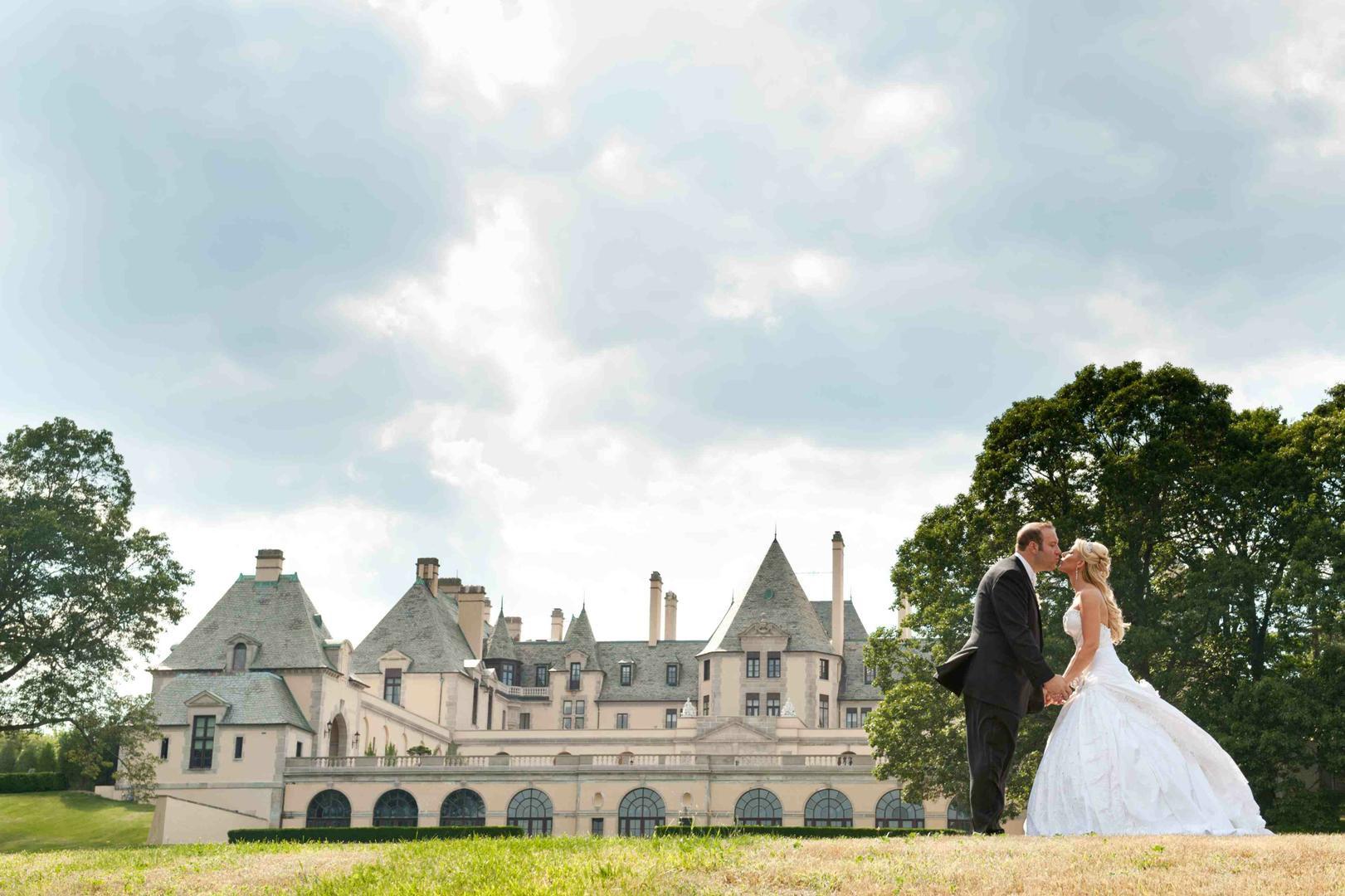 4 sự thật về toà lâu đài mà chỉ giới nhà giàu ở Mỹ mới dám thuê tổ chức đám cưới, Taylor Swfit là ngôi sao hiếm hoi từng quay MV ở đây - Ảnh 8.