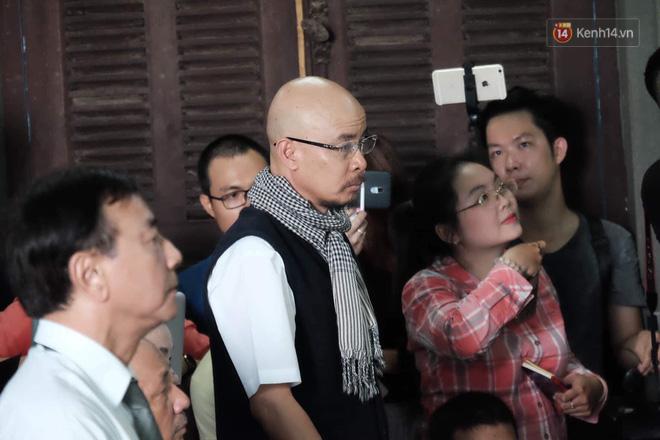 Tòa phán quyết giao hết cổ phần Trung Nguyên cho ông Vũ, tài sản ông Vũ 60% - bà Thảo 40% - Ảnh 9.