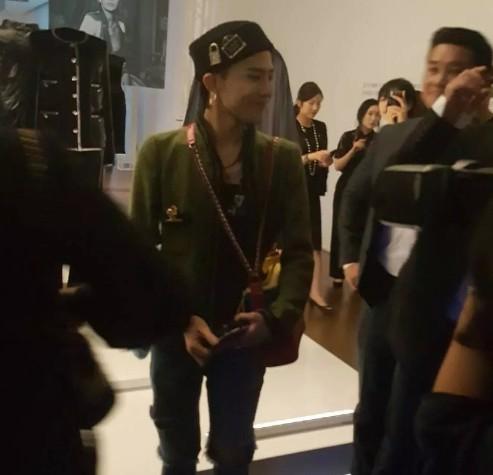 Cuộc sống thượng hạng của nữ kim chủ chống lưng Seungri: Dát hàng hiệu lên người, không tiếc tiền theo chân G-Dragon - Ảnh 2.