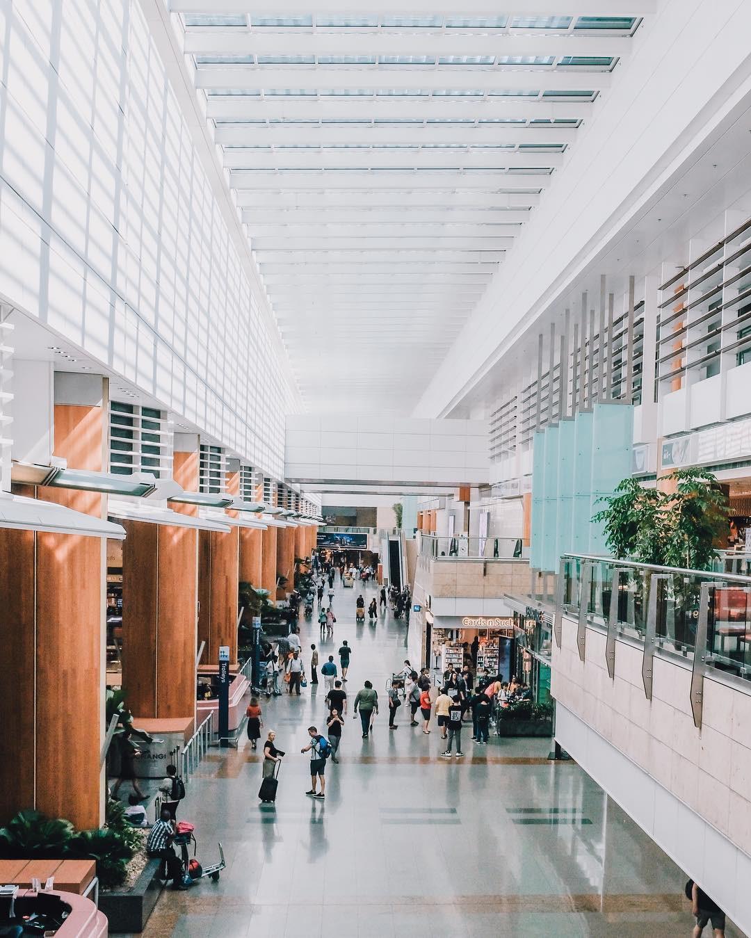 Há hốc mồm với không gian siêu hoàng tráng bên trong sân bay được bình chọn tốt nhất thế giới suốt 7 năm liền - Ảnh 15.