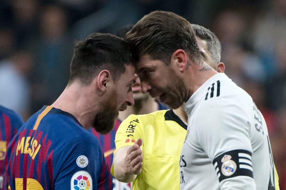 Đội trưởng Real Madrid ăn đòn sau khi liên tục chơi xấu với Messi - Ảnh 6.