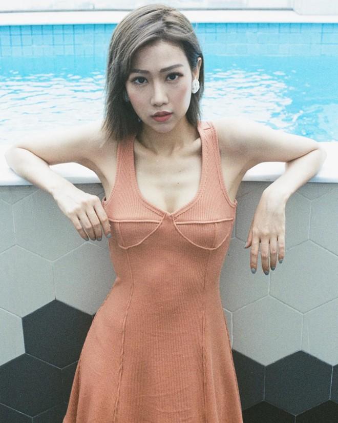 Nóng bỏng tay: Min lần đầu khoe ảnh diện nội y, lộ body gợi cảm đến từng centimet - Ảnh 2.