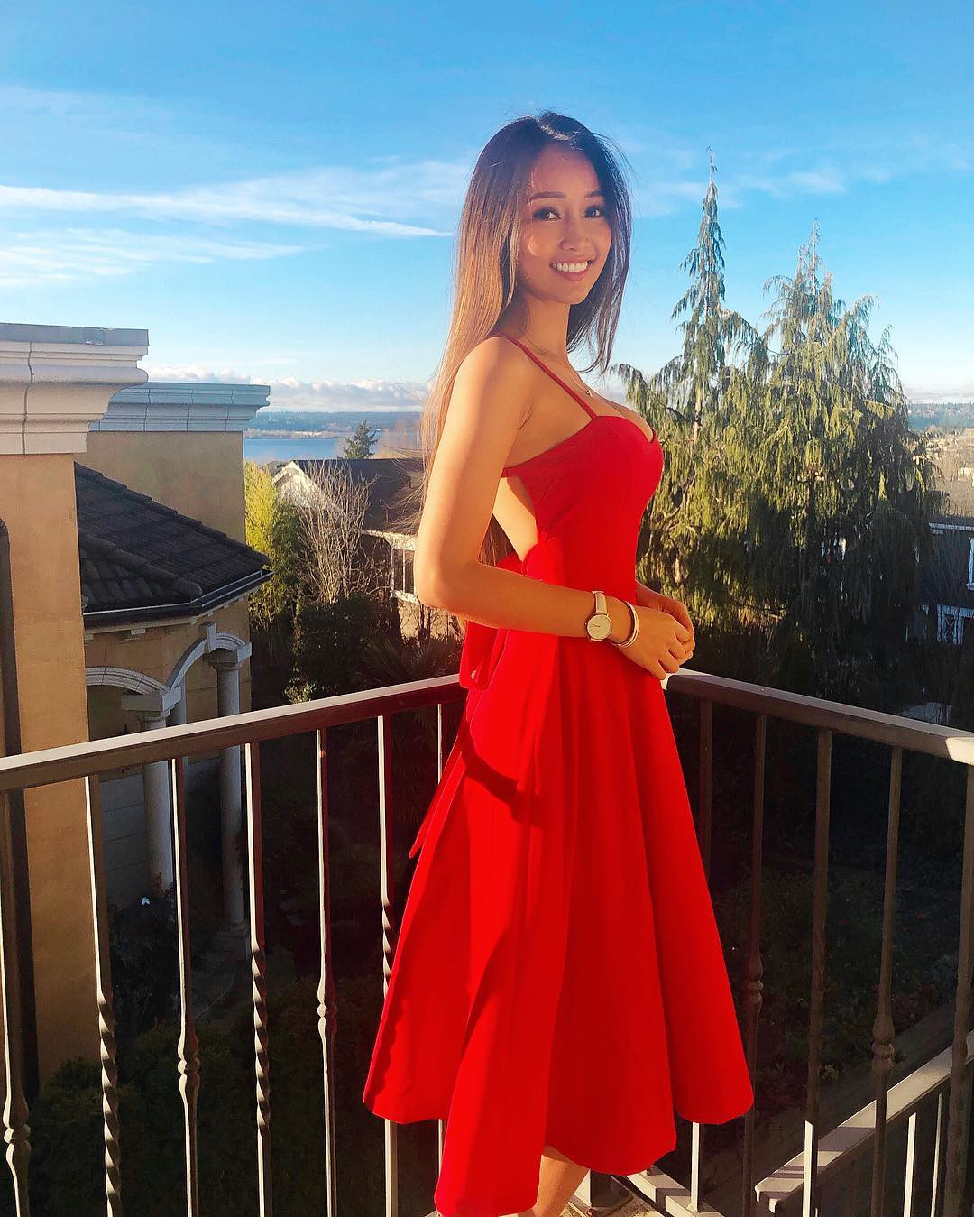 Thạc sĩ gốc Việt nổi tiếng khắp thế giới vì xinh như hot girl cùng thân hình siêu nóng bỏng - Ảnh 6.