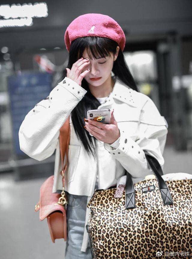 Hot nhất Weibo: Kyulkyung Chu Khiết Quỳnh (Pristin) lộ ảnh hẹn hò cùng thiếu gia giàu nhất Trung Quốc? - Ảnh 1.