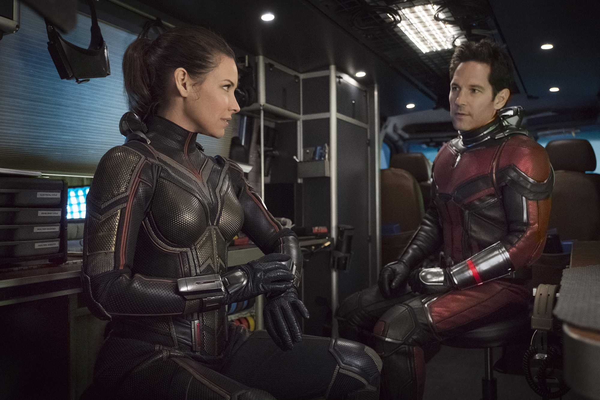 7 nữ siêu anh hùng bá đạo không kém Captain Marvel trên màn ảnh rộng - Ảnh 4.