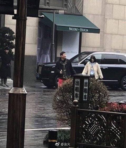 Hot nhất Weibo: Kyulkyung Chu Khiết Quỳnh (Pristin) lộ ảnh hẹn hò cùng thiếu gia giàu nhất Trung Quốc? - Ảnh 8.