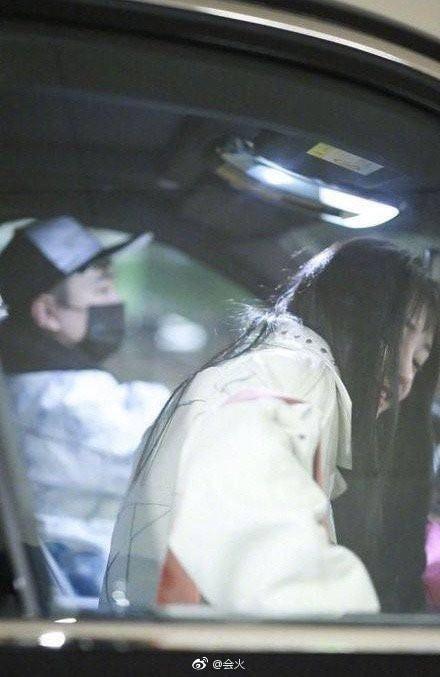 Hot nhất Weibo: Kyulkyung Chu Khiết Quỳnh (Pristin) lộ ảnh hẹn hò cùng thiếu gia giàu nhất Trung Quốc? - Ảnh 6.