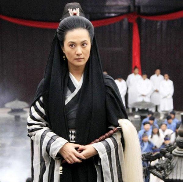 Vừa xem phim Tân Ỷ Thiên Đồ Long Ký 2019 vừa xuýt xoa vì từ lão bà đến nữ nhi đều là mỹ nhân! - Ảnh 5.