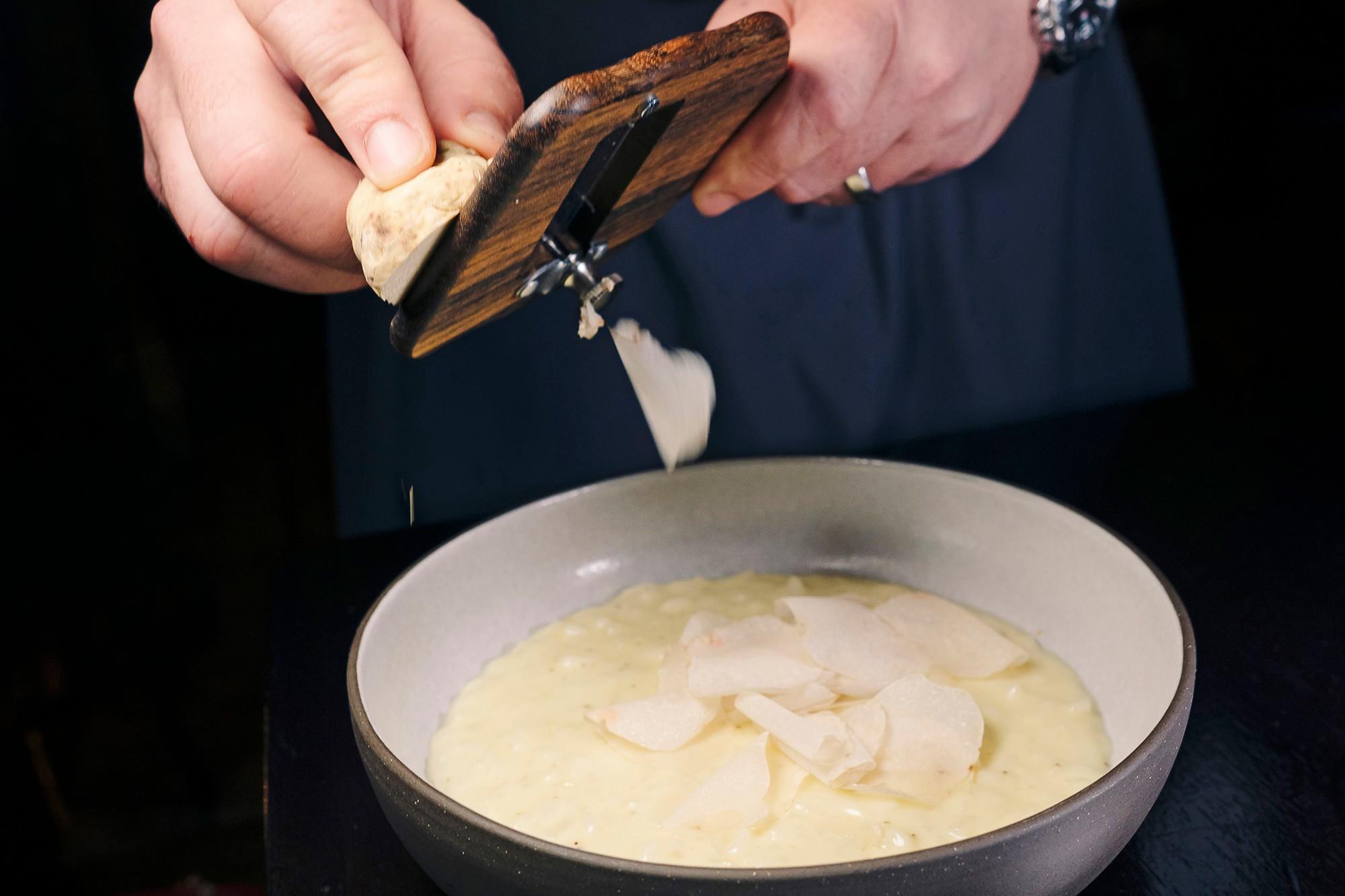 Nấm truffles: nguyên liệu được xưng tụng là thần thánh của các nhà hàng hạng sang, có giá lên đến 1 tỷ cho khoảng 2kg - Ảnh 5.