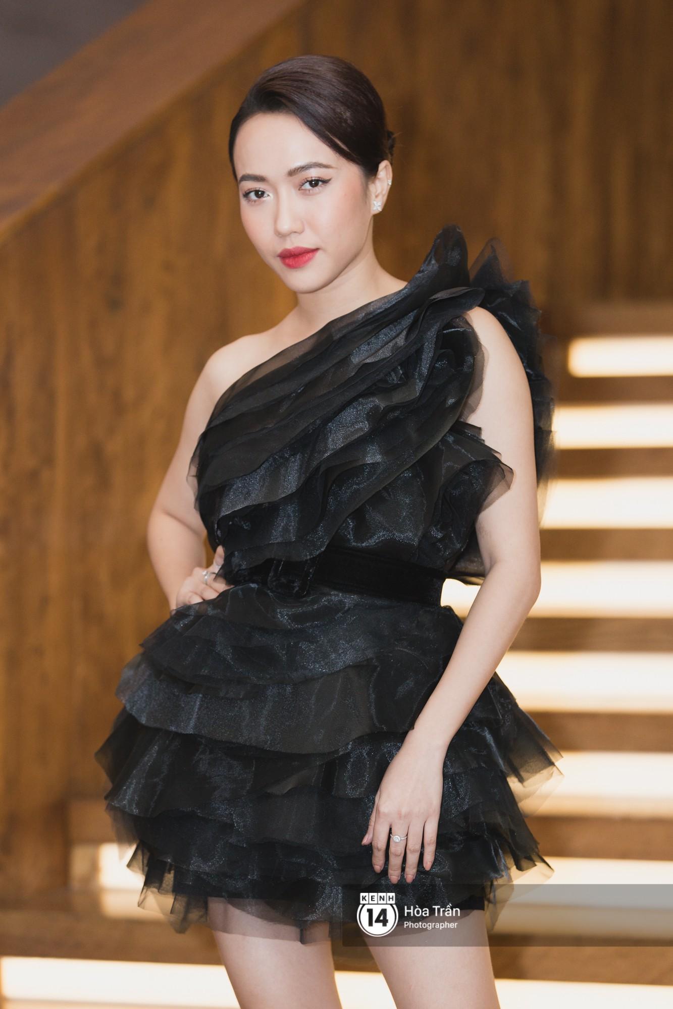Giữa một dàn mỹ nhân giật giũ như Hari và Jun Vũ, Hoa hậu Đặng Thu Thảo giản dị mà vẫn trội bật - Ảnh 10.
