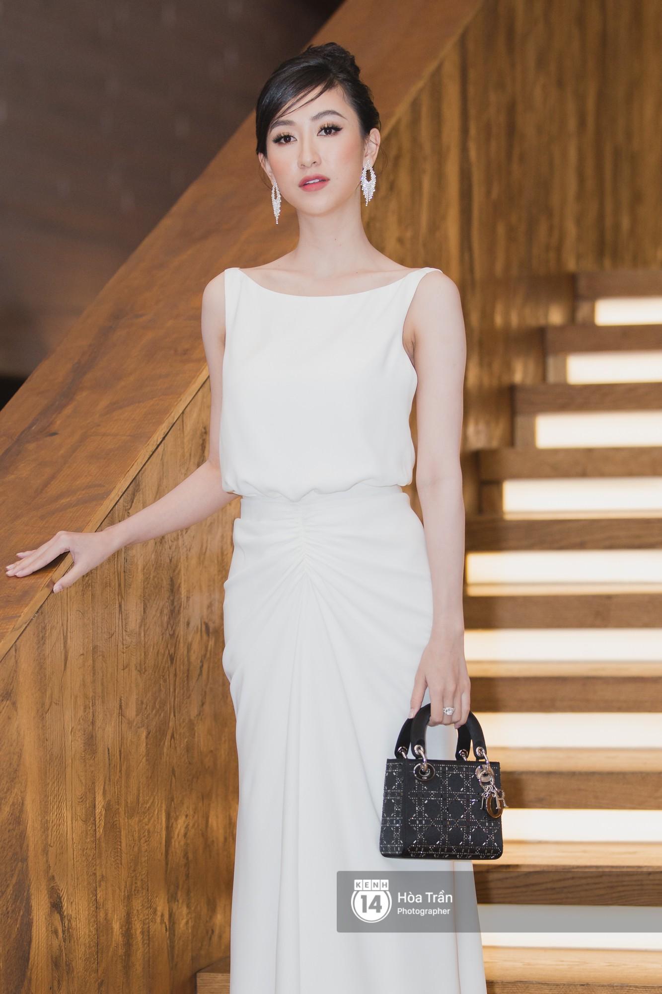 Giữa một dàn mỹ nhân giật giũ như Hari và Jun Vũ, Hoa hậu Đặng Thu Thảo giản dị mà vẫn trội bật - Ảnh 24.