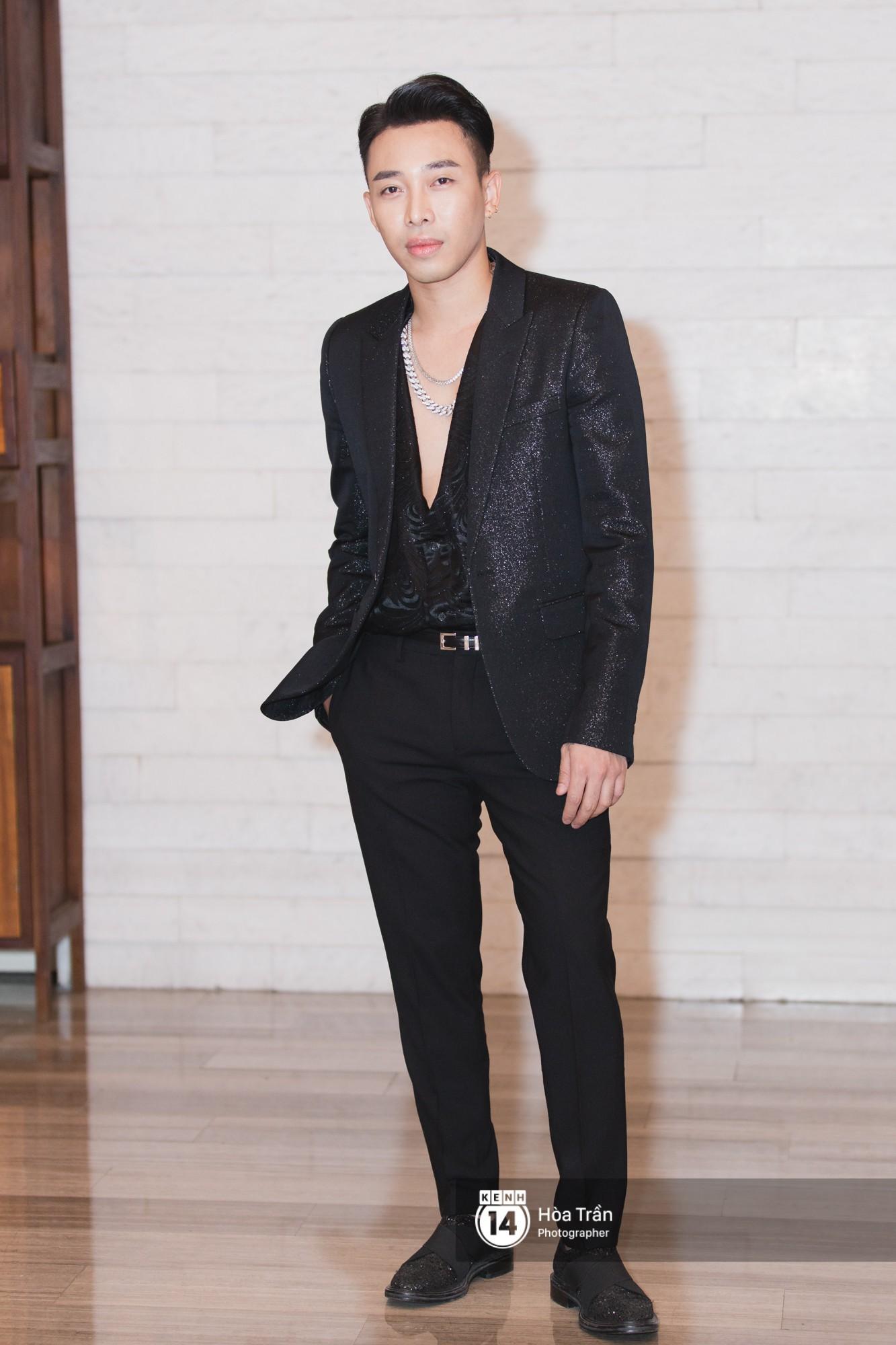 Giữa một dàn mỹ nhân giật giũ như Hari và Jun Vũ, Hoa hậu Đặng Thu Thảo giản dị mà vẫn trội bật - Ảnh 29.