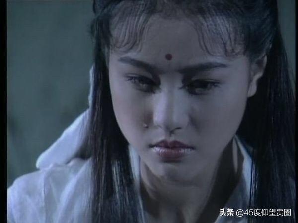 5 ác nữ phim Hoa ngữ tụ nghiệp đến mức người bị cào rách xe tiền tỉ, kẻ thành meme mạng xã hội - Ảnh 4.