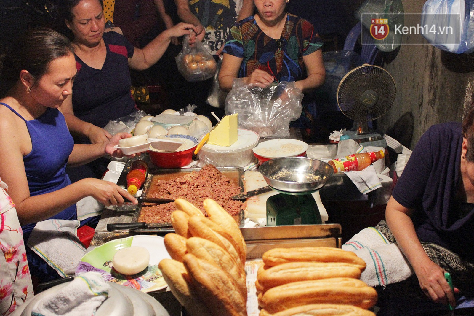 Không hổ danh pate Hải Phòng, một lần nữa lại khiến dân tình í ới hỏi nhau vì món bánh bao nhồi pate - Ảnh 3.