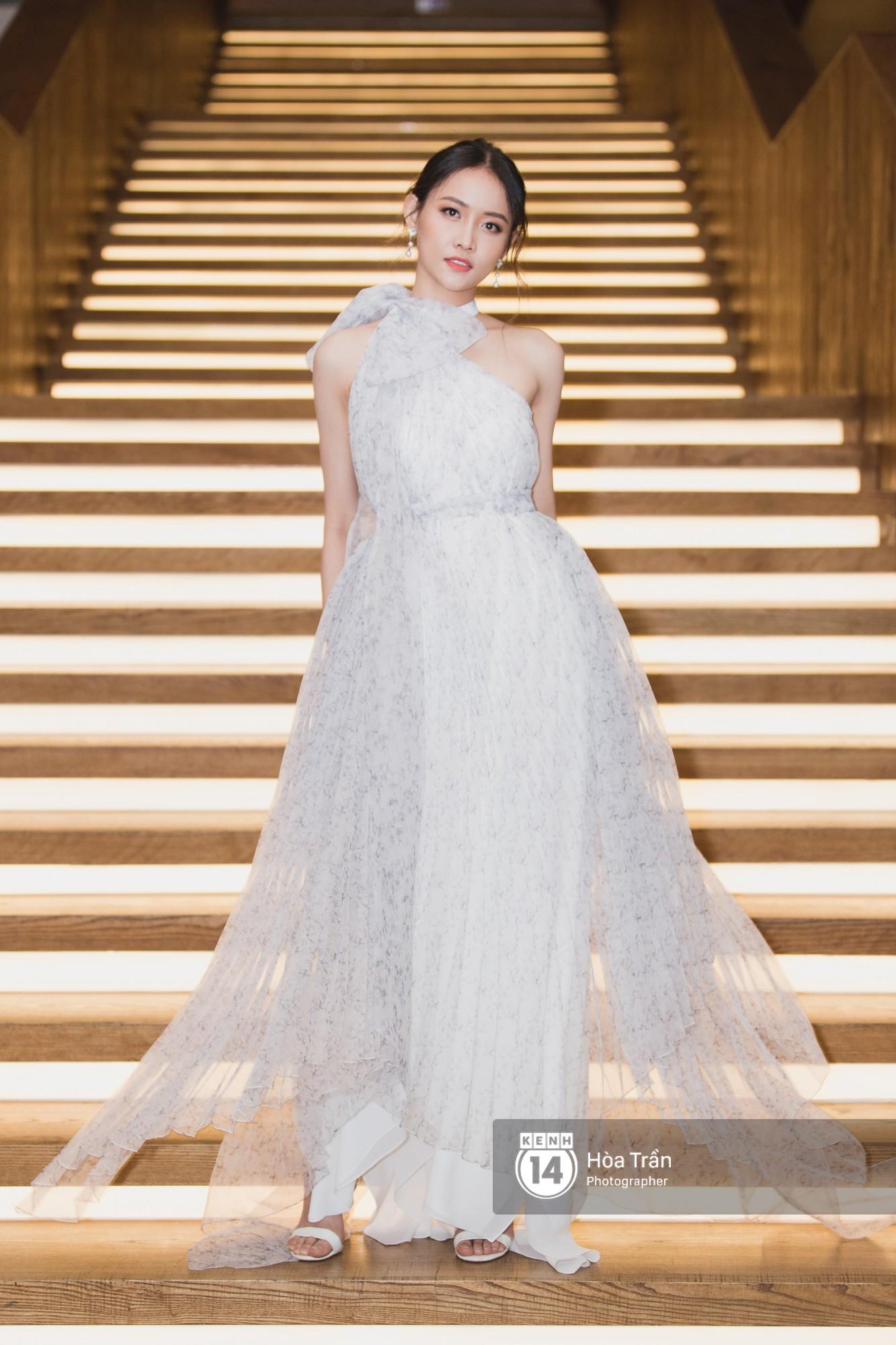 Giữa một dàn mỹ nhân giật giũ như Hari và Jun Vũ, Hoa hậu Đặng Thu Thảo giản dị mà vẫn trội bật - Ảnh 23.