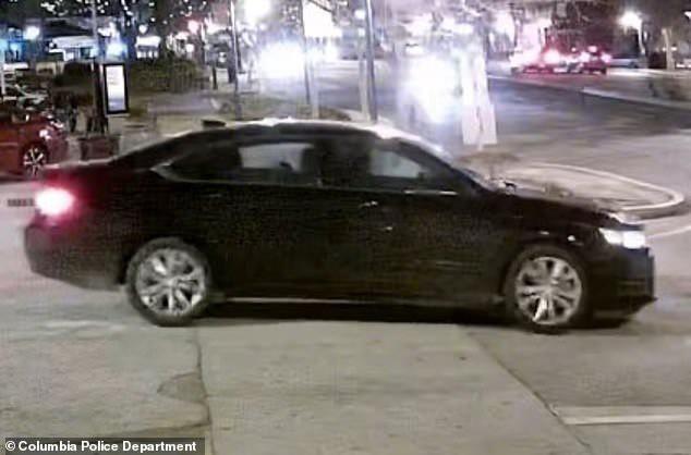 Đặt Uber nhưng lại lên nhầm ô tô lạ, nữ sinh 21 tuổi bị bắt cóc và sát hại dã man - Ảnh 1.