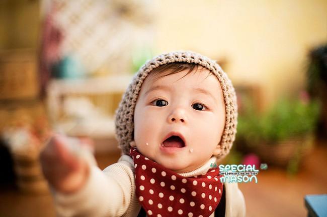 Diện mạo hiện tại của Mason Moon - nhóc tỳ hot nhất châu Á một thời, đáng chú ý nhất lại chính là ông bố cực phẩm của đứa trẻ - Ảnh 3.