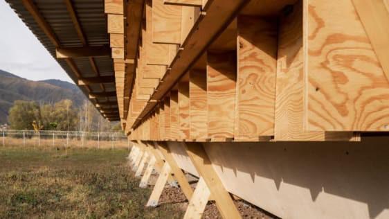 Chiêm ngưỡng chiếc chuồng gà giá 20.000 USD, được thiết kế bởi công ty kiến trúc danh tiếng - Ảnh 4.