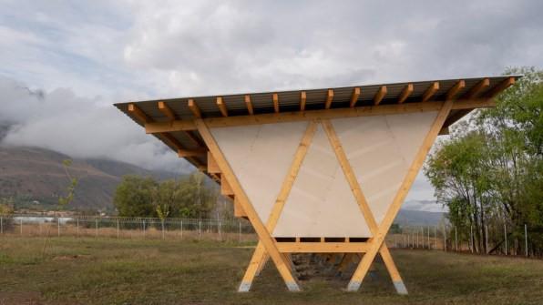 Chiêm ngưỡng chiếc chuồng gà giá 20.000 USD, được thiết kế bởi công ty kiến trúc danh tiếng - Ảnh 3.